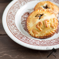 Apple-Handpies-LawofBaking-KevinBuch