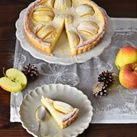 Tarte-aux-pommes-et-à-la-crème-fraîche-KleinesKulinarium-JaninaLechner