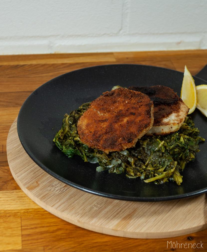 Kohlrabi-Schnitzel auf Zitronen-Spinat-Gemüse