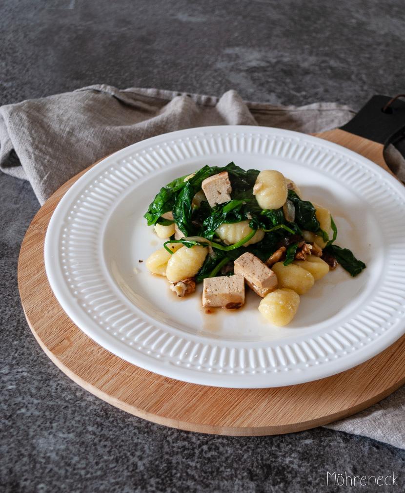 Gnocchi mit Spinat und Feto