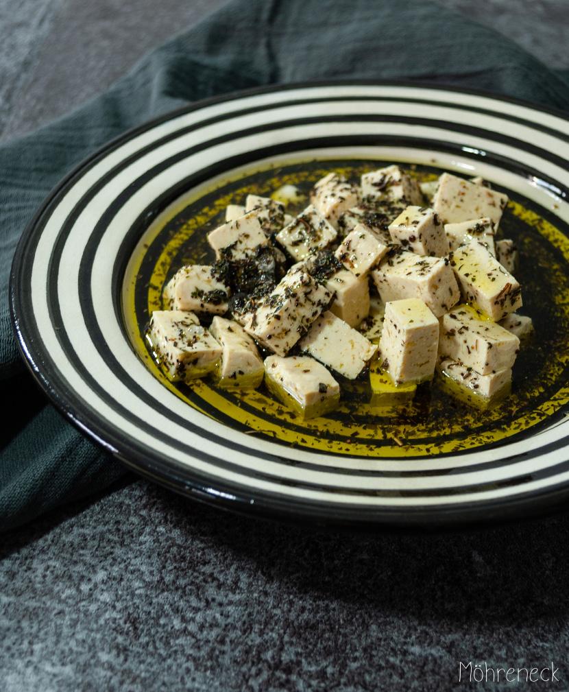 Tofu in Kräutermarinade