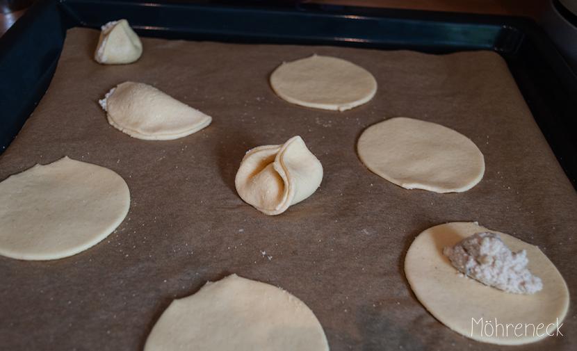 Tortellini mit Cashew-Tofu-Füllung